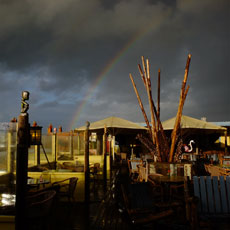 Storm boven een Beach club, Scheveningen, The Hague